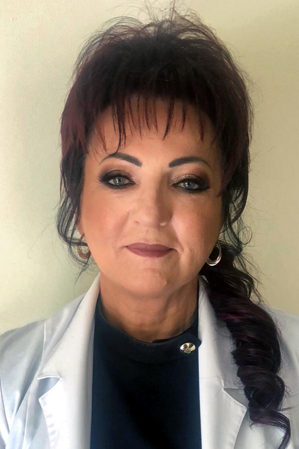 Dr Magdalena Szymczak